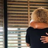 'El Pibe' Valderrama abraza y le da ánimo a Fredy Guarín