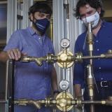 Distrito-Fundación Santo Domingo instalan red de oxígeno en hospital de campaña Puerta de Oro