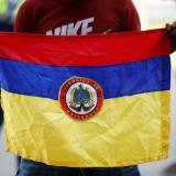 La ONU no establece que colocar la bandera al revés sea un pedido de auxilio, explican verificadores