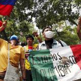 Colombianos en México rechazan represión del Gobierno de Duque