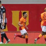 Falcao marca su primer gol en el Galatasaray tras su lesión