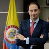 Entrevista con el Ministro de Hacienda, José Manuel Restrepo sobre el paro y la reforma