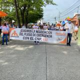Docentes de Montería celebraron su día marchando