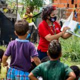 Los 'Cuentos en Movimiento' de una madre cabeza de hogar