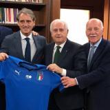 Mancini renueva como seleccionador italiano hasta 2026