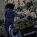 Muertes globales por covid podrían ser el triple de las cifras reportadas
