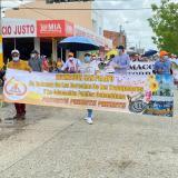 Docentes marcharon por la margen izquierda de Montería