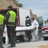 Asesinan a un hombre en el interior de un vehículo en Santa Marta