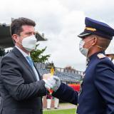 """""""Los cambios no son cosméticos"""": ministro de Defensa"""