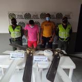 Dos capturados por hurto de abanicos de colegio de Talaigua Nuevo
