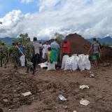 Ejército apoya construcción de jarillones en Bolívar por desbordamientos