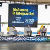 """Jefe de la Acnur pide rechazar la """"construcción de muros"""" contra los migrantes"""