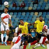 Borja y Duván Zapata comandan el ataque de Colombia ante Perú