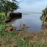 Caen al río 30 metros del terraplén en Km 2.1 y crece el riesgo en Salamina