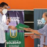 Entregan 130 nuevos títulos de propiedad en Villa Sol, Soledad