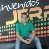 La covid-19 pone fin a las letras del compositor Jhon González