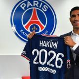 Hakimi fue anunciado como nuevo jugador del PSG