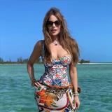 Así celebra Sofía Vergara su cumpleaños 49  en algún lugar del Caribe