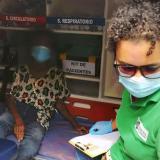 Rescatan a adulta mayor en estado de desnutrición en Santa Marta