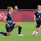Protestas contra el racismo en la primera jornada de fútbol femenino en Tokio