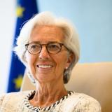Lagarde alerta que variante delta puede obstaculizar recuperación de turismo