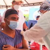 Suan alcanza meta en vacunación masiva