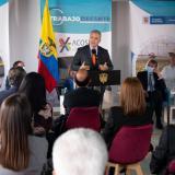 Gobierno y Acoset firman pacto para promover el empleo formal