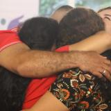 Emotivo reencuentro entre mujer desaparecida hace 20 años y su familia