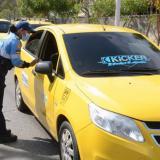 Inician operativos de control sobre uso del taxímetro en Santa Marta