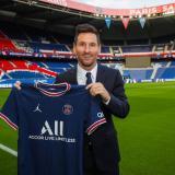 """El PSG presenta a Lionel Messi: """"una nueva joya en París"""""""