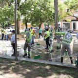 Inicia plan de mantenimiento y limpieza de los parques centrales de Montería
