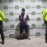 Capturan a hombre que golpeó a su hijo en Santa Marta