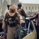 EE. UU. culmina el traslado al aeropuerto de Kabul del personal de su embajada