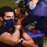 Trabajadores pueden vacunarse contra la covid en horario laboral