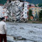 Ya son 74 los muertos por inundaciones en Turquía