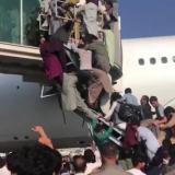Muertos por el caos en el aeropuerto de Kabul, según testigos