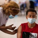 Solo una de cada cinco personas está vacunada en Latinoamérica, avisa la OPS
