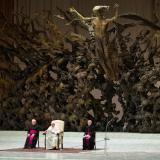 """""""Vacunarse es un acto de amor"""": papa Francisco"""