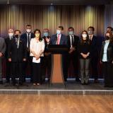 Gobierno y sindicatos presentan acuerdos para beneficiar a servidores públicos