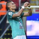 William Tesillo marcó en victoria de León sobre Chivas en México
