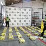Policía incauta 490 camisetas de la Selección Colombia ilegales