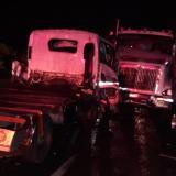 Choque de 'mula' con camión dejó un herido de gravedad