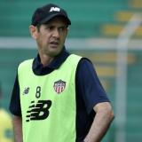 """""""Han sido más los aciertos de Viera"""": Arturo Reyes"""