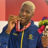 Jean Carlos Mina se estrena en los Paralímpicos ganando medalla de bronce