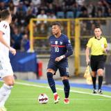 Francia igualó contra Bosnia como local