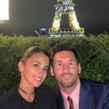 Piden detener a un periodista por un tuit contra Antonella Roccuzzo, esposa de Messi