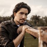 Alex, la voz que descubrió el gran Vicente Fernández