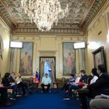 El Gobierno venezolano va a segunda fase de diálogo con exigencias económicas
