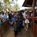 Unos 14 mil migrantes siguen represados en Necoclí, Antioquia