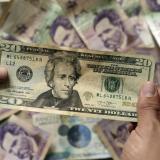 El dólar repunta sobre los $ 3.810 este martes
